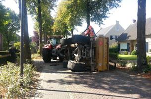 Traktor-Groenstraat-02